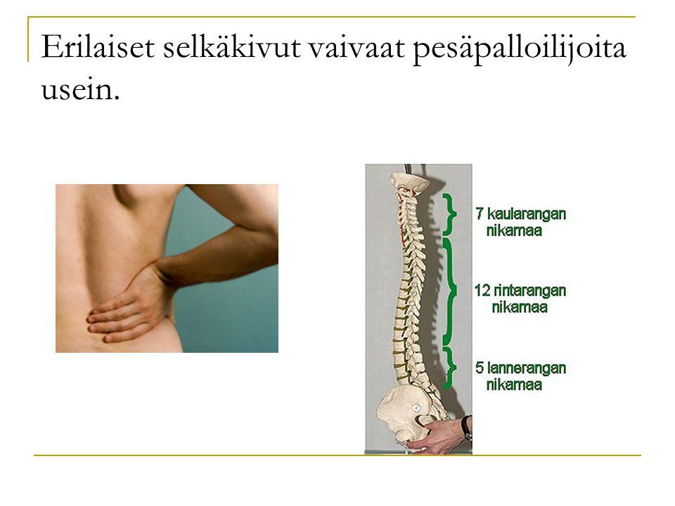 Erilaiset selkäkivut vaivaat pesäpalloilijoita usein.