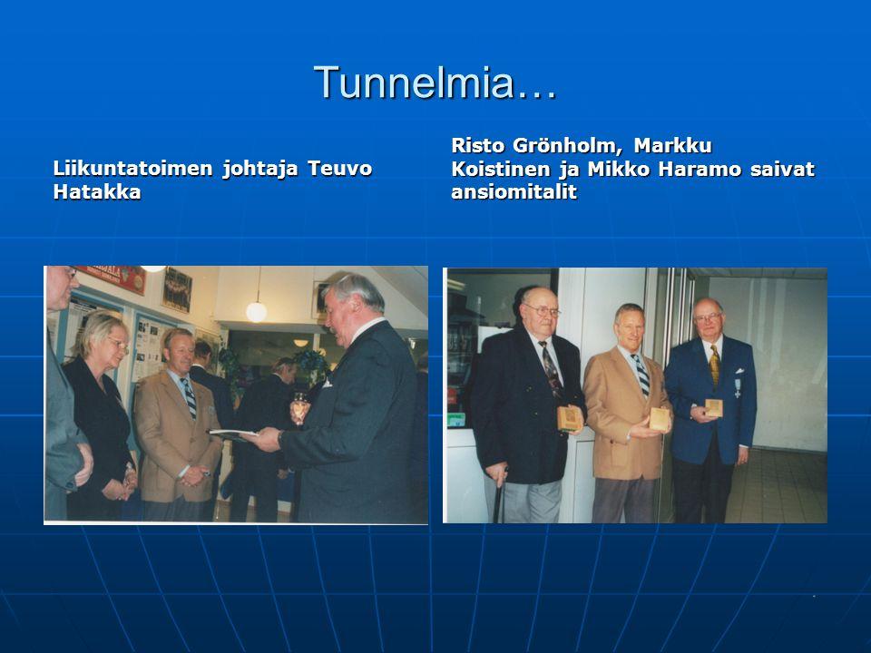 Tunnelmia… Liikuntatoimen johtaja Teuvo Hatakka.
