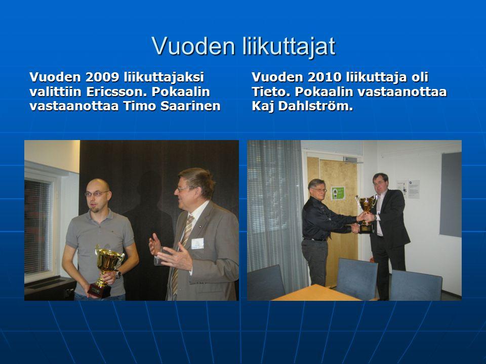 Vuoden liikuttajat Vuoden 2009 liikuttajaksi valittiin Ericsson. Pokaalin vastaanottaa Timo Saarinen.