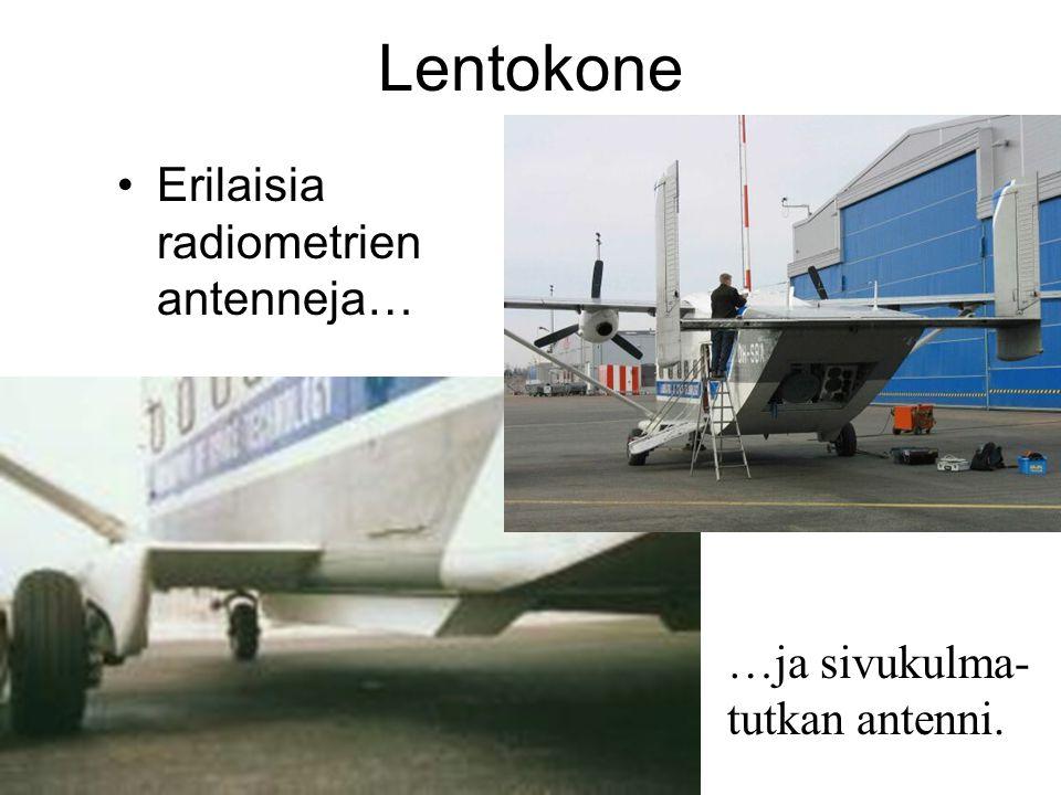 Lentokone Erilaisia radiometrien antenneja… …ja sivukulma-