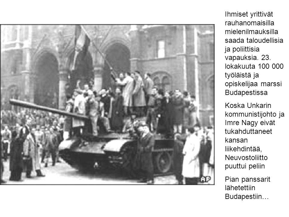 Ihmiset yrittivät rauhanomaisilla mielenilmauksilla saada taloudellisia ja poliittisia vapauksia. 23. lokakuuta 100 000 työläistä ja opiskelijaa marssi Budapestissa