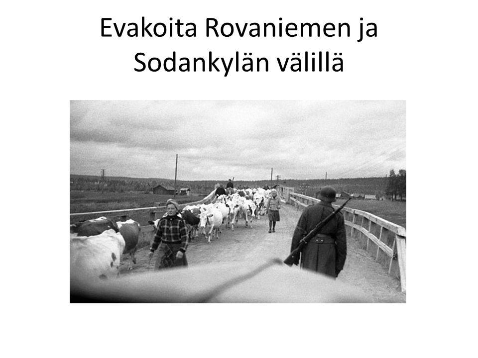Evakoita Rovaniemen ja Sodankylän välillä